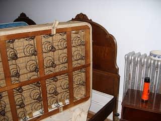 Матрас и кровать подверглись дезинсекции