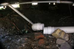 Аварийный ремонт канализации зимой. Замерзание труб из-за засора