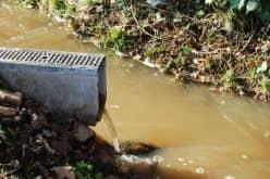 Устраним засор наружной канализации быстро и недорого.